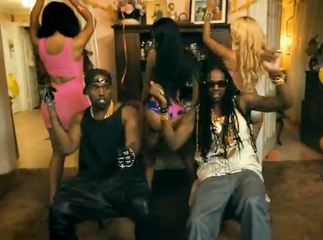 "2 Chainz ""Birthday Song"" (ft. Kanye West) (video)"