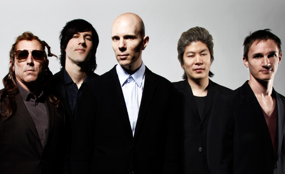 "Hear A Perfect Circle Debut Their New Song ""Feathers"""
