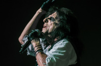 Alice Cooper Is Auctioning Off an Andy Warhol Original He Found in His Garage