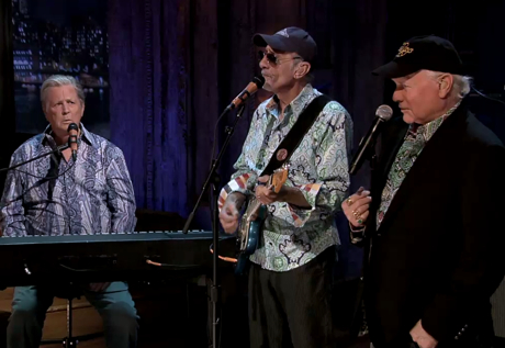 """The Beach Boys """"In My Room"""" / """"That's Why God Made the Radio"""" / """"Wouldn't It Be Nice"""" (live on 'Fallon')"""