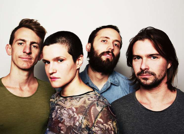 Big Thief Capitalize on Critical Momentum with 'Capacity'