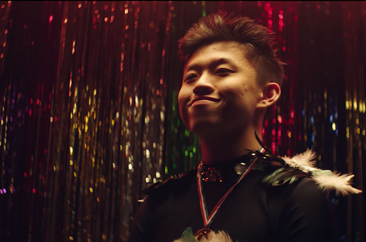 "Rich Brian ""Cold"" (video)"