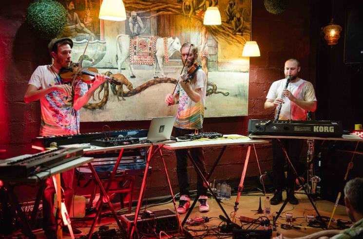 Chapelier Fou Café-Bar l'Abstracto, Rouyn-Noranda QC, September 6