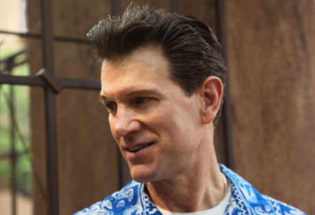 Chris Isaak Schedules World Tour, Adds Canadian Dates