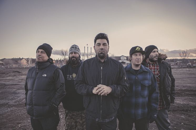 Deftones Tease 'White Pony' Remix Album 'Black Stallion'