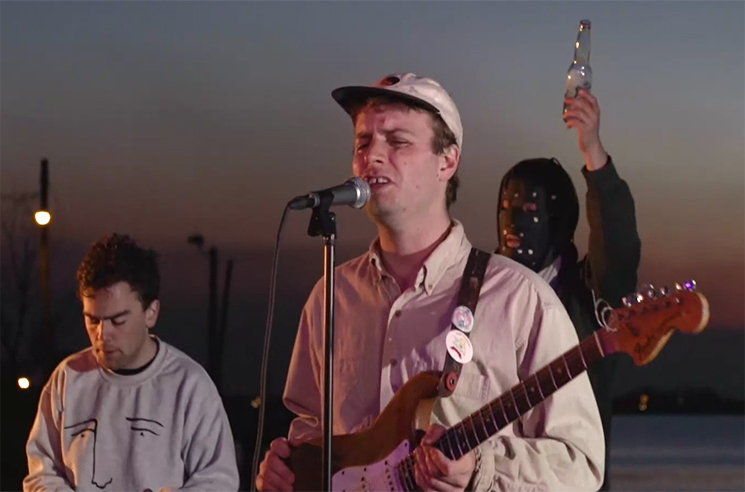 Mac DeMarco 'It's Gonna Be Lonely' (Prince cover) (video)