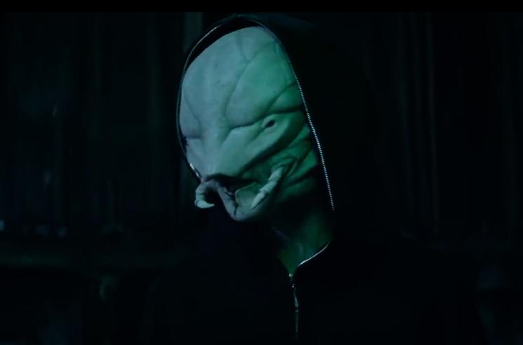 Die Antwoord 'Alien' (ft. the Black Goat) (video)