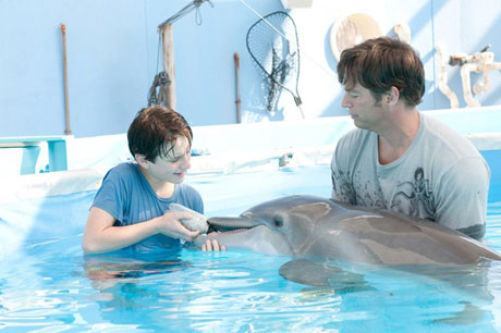Dolphin Tale Charles Martin Smith
