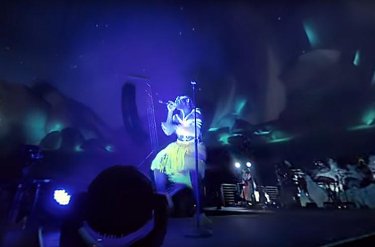 "Childish Gambino ""Me and Your Mama"" (VR video)"