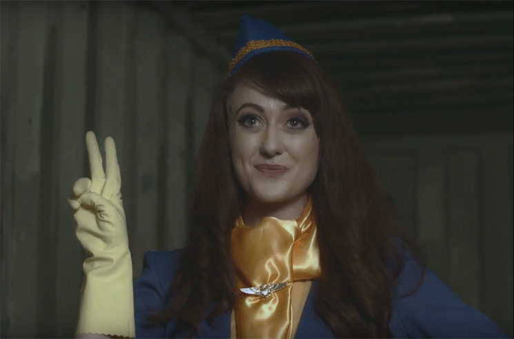 Girl Band 'In Plastic' (video)