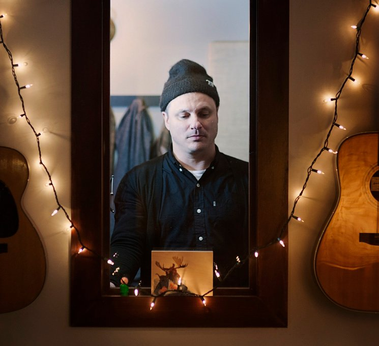 Jim Bryson Explores the Middle Years on 'Somewhere We Will Find Our Place'