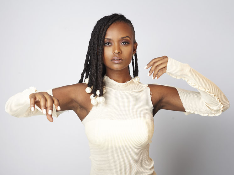 ​Kelela Explores Emotional Intensity on Debut LP 'Take Me Apart'