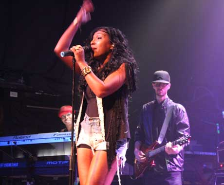 Melanie Fiona Phoenix Concert Hall, Toronto ON, May 3