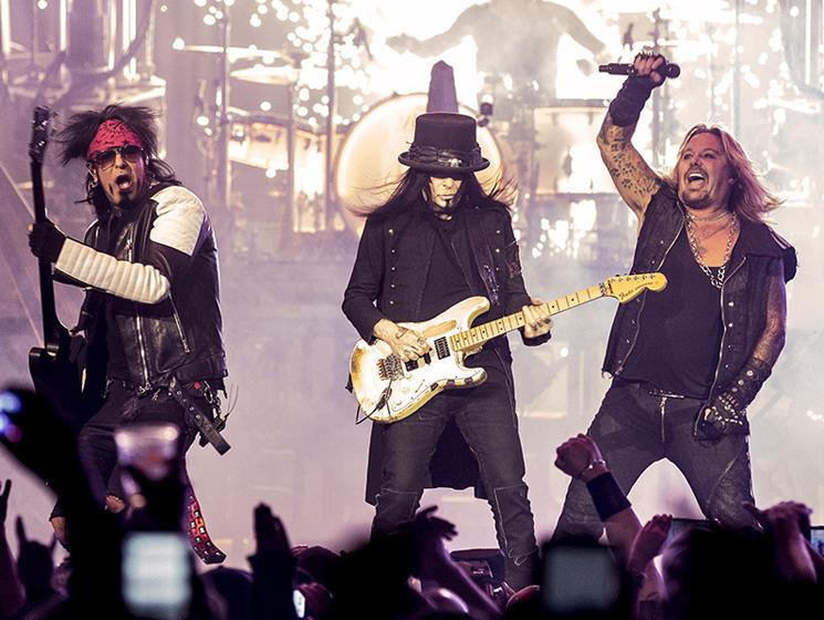 Mötley Crüe / Alice Cooper Rexall Place, Edmonton AB, December 12