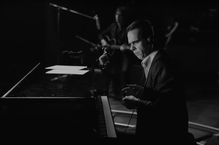 """Nick Cave and the Bad Seeds """"Magneto"""" (video)"""