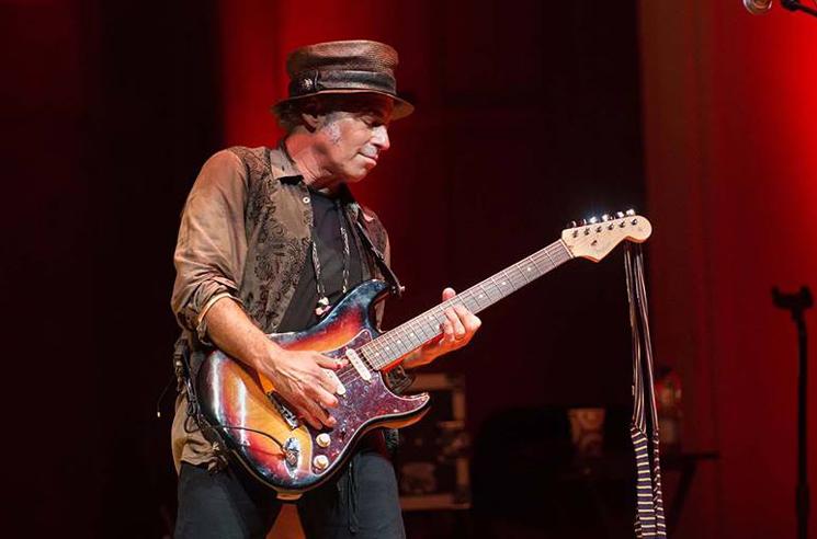 Nils Lofgren Recovers Guitars Stolen Ahead of Dallas Show