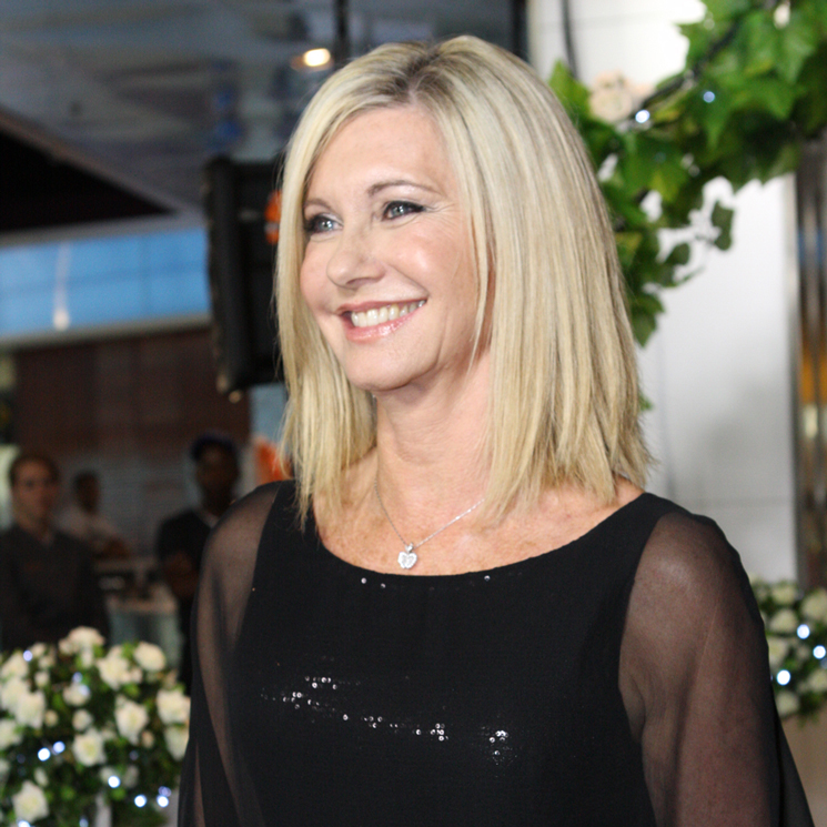 Olivia Newton-John Reveals Breast Cancer Diagnosis, Cancels Tour