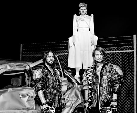 Röyksopp & Robyn Dance with Death
