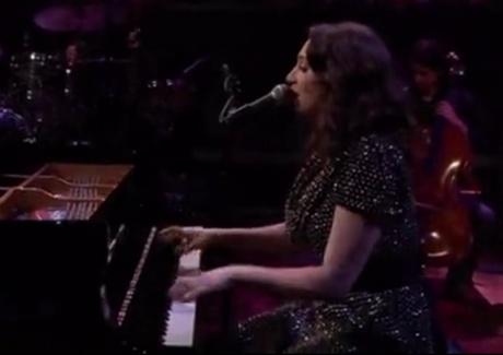 """Regina Spektor """"Don't Leave Me (Ne Me Quitte Pas)"""" (live on 'Fallon')"""