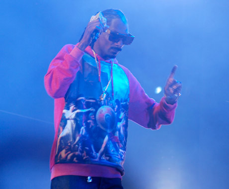 Snoop Dogg Gets Pharrell Williams to Produce New Album, Stevie Wonder and Charlie Wilson to Guest