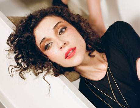 "St. Vincent ""Cheerleader"" (live on 'Conan')"