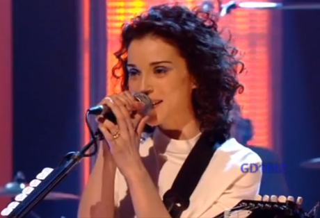St. Vincent 'Cruel' (live on 'Later with Jools Holland')