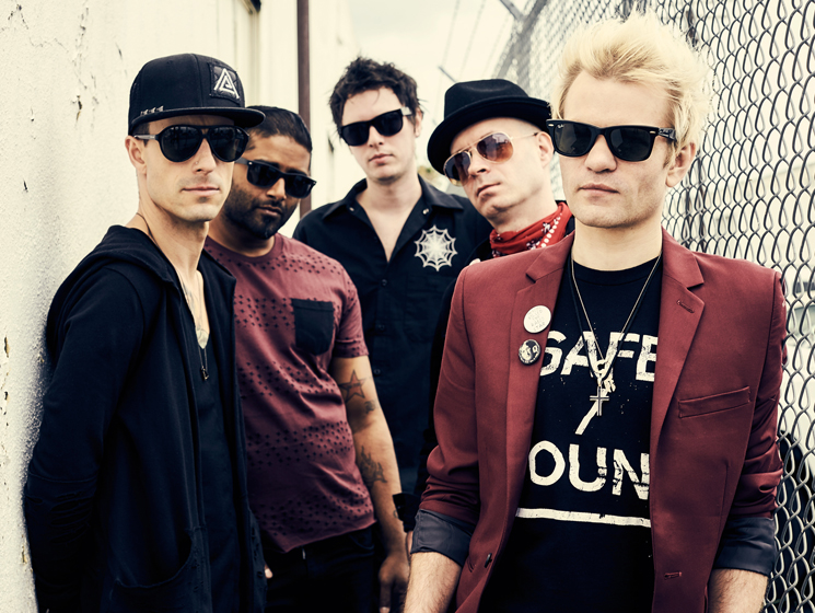 Donuts, Cereal and Clown Life: Five Facts We Learned About Sum 41's Deryck Whibley