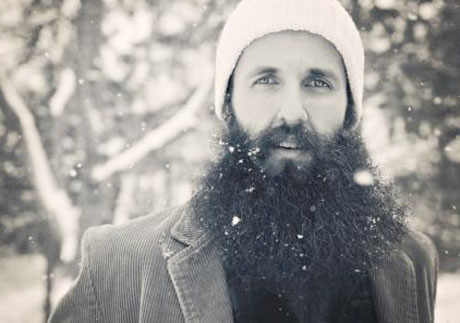 "William Fitzsimmons ""Tide Pulls from the Moon"" (video)"