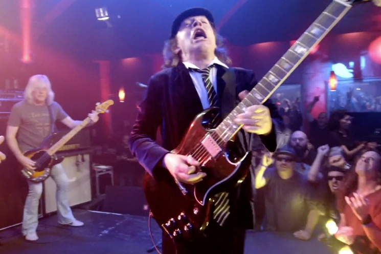 AC/DC's Angus Young Donates Nearly $20,000 to Toronto Man's Alzheimer's Fundraiser