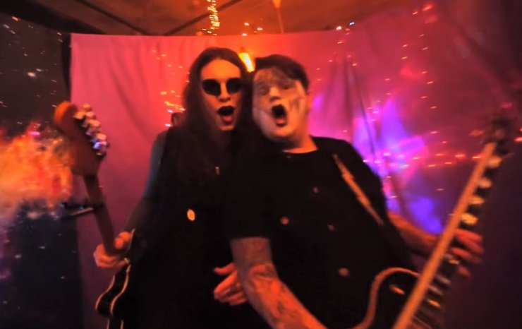 Against Me! 'Crash' (video)