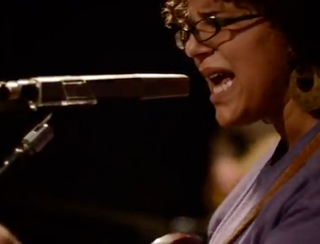 "Alabama Shakes ""Hold On"" (video)"