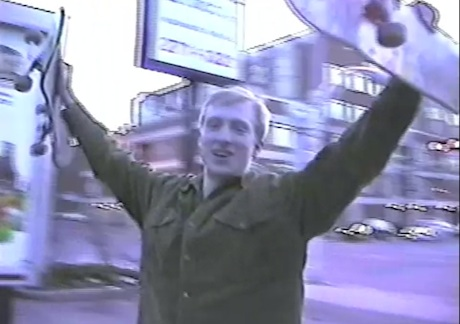 Alex Calder 'Mid Life Holiday' (video)