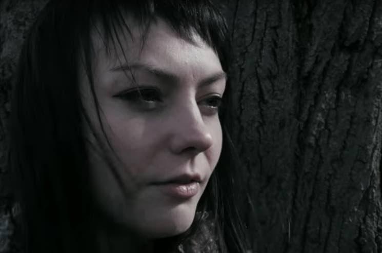 """Angel Olsen """"Pops"""" (video)"""
