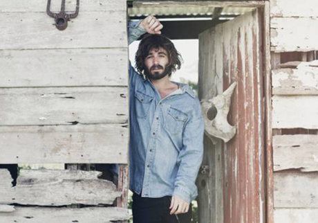 Angus Stone Hits Canada on North American Tour