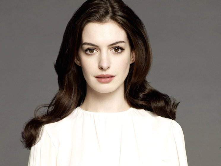 'Timecrimes' Director Taps Anne Hathaway for 'Colossal'