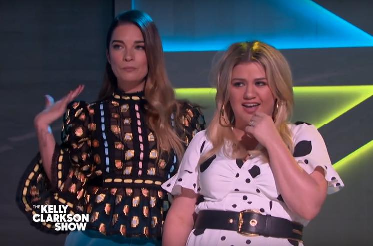 Watch Annie Murphy and Kelly Clarkson Perform 'A Little Bit Alexis' from 'Schitt's Creek'