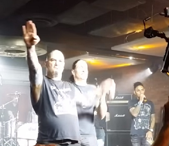 "Philip Anselmo Under Fire After Shouting ""White Power"" and Giving Nazi Salute Onstage"