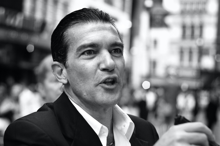 Antonio Banderas Confirms He Tested Positive for COVID-19
