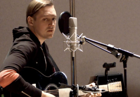 """Arcade Fire """"We Used to Wait"""" / """"Sprawl II (Mountains Beyond Mountains)"""" (acoustic video)"""