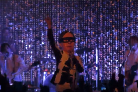 "Arcade Fire ""Uncontrollable Urge"" (Devo cover) (live video)"