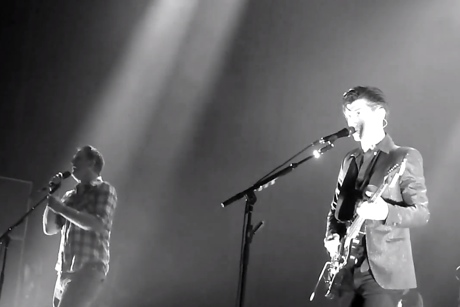 "Arctic Monkeys ""Knee Socks"" (ft. Josh Homme) (live video)"