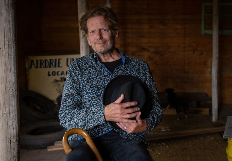 Art Bergmann Shares New Single 'La Mort de L'Ancien Regime'
