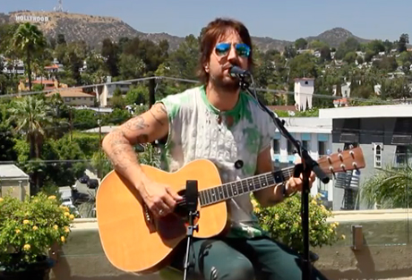 """Joseph Arthur """"I Used to Know How to Walk on Water"""" (live on BalconyTV)"""