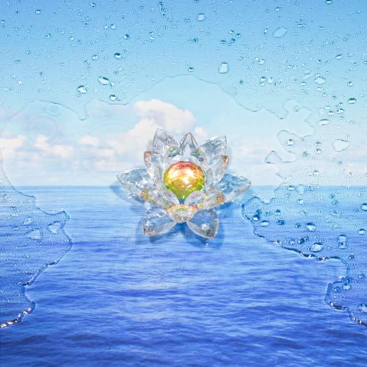 AudioOpera  'Forever' (Kurama & Aamourocean remix)