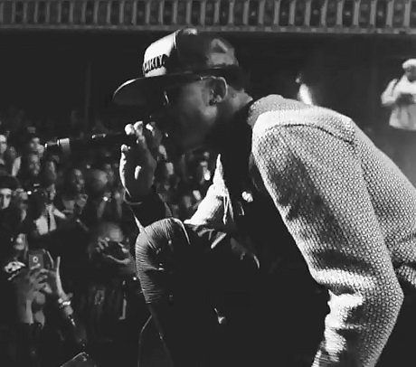 "August Alsina ""Don't Forget About Me"" (video)"