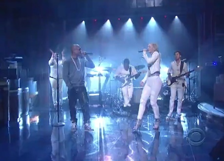 "Iggy Azalea ""Change Your Life"" (ft. T.I.) (live on 'Letterman')"