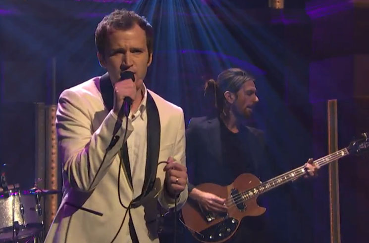 Baio 'Sister of Pearl' (live on 'Meyers')