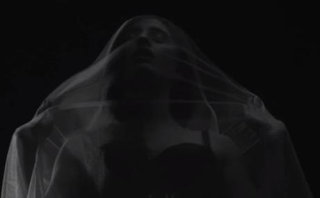 "Banks ""Brain"" (video)"