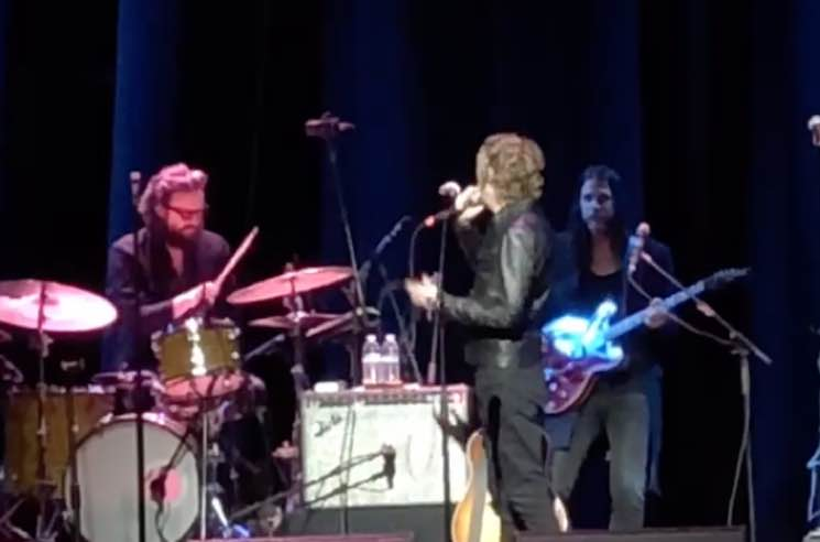 Watch Beck, Father John Misty and Este Haim Perform 'Where It's At' During California Wildfire Benefit