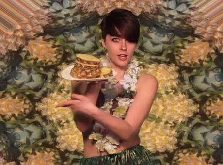 BESTiE 'Pineapple' (video)
